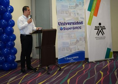 Universidad Supergiros-1